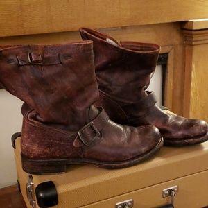 FRYE Boots Veronica Short  sz 10